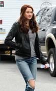 Shailene Woodley- Set of 'The Amazing Spider-Man 2' in Brooklyn 02/26/13