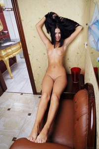 http://img288.imagevenue.com/loc156/th_087365347_tduid300163_metart_bitki_macy_b_high_0079_123_156lo.jpg