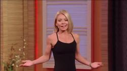 Kelly Ripa - Top Fitness Instructor - 2014-5-27 (18 caps, 4GIFs, 1 720p clip)