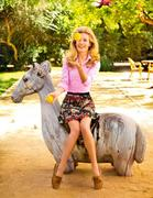 http://img288.imagevenue.com/loc527/th_53255_septimiu29_CatDeeley_TatlerUK_Oct20125_122_527lo.jpg